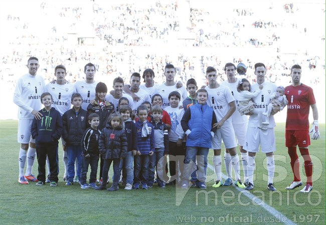 alba-lucena-01-once-inicial